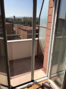 Riparazione tapparelle Bologna Via De' Toschi quartiere Santo Stefano